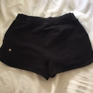 Lululemon fleece lined shorts